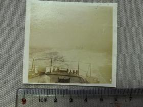 紅色收藏:黑白老照片 民國 《日軍軍艦 艦隊 長江上 行進》一張!尺寸:6厘米*5.6厘米