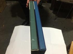 《程十發——陸牧滔藏品第一,二集》 全2冊.  8開精裝都帶盒.2本合讓760元.外盒9品.書95品