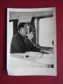 文革照片:毛主席在火車上