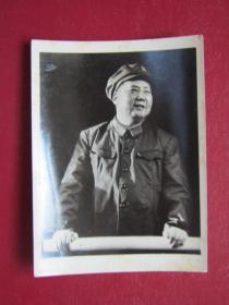 文革照片:毛主席在天安門城樓