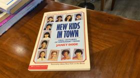 英文原版  new kids in town : oral histories of immigrant teens