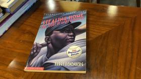 英文原版 Stealing Home : the story of Jackie Robinson