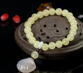 純天然頂級黃瑪瑙配瑪瑙貝殼,藝術美,有個性,極為罕見難得,收藏珍品