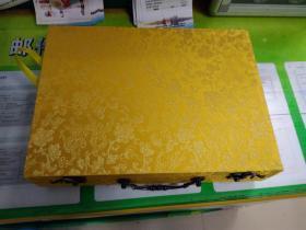 金龙纹锦盒尤其适合族谱书籍收藏