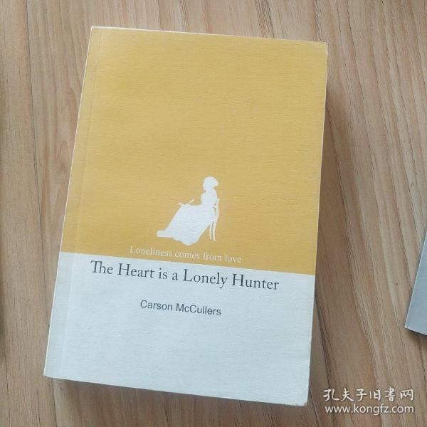 (Loneliness comes from love)the heart is a loney hunter   心是孤独的猎手 英文版   包邮挂