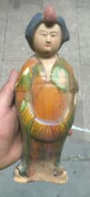 唐三彩侍女俑雕像