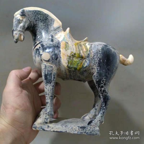 唐三彩蓝釉战马