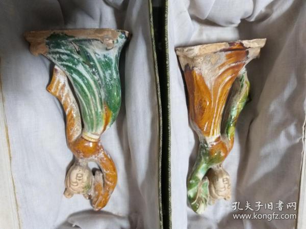 古代的物件。唐三彩 人物 仕女。一对。大约清代。难得收藏。高20厘米