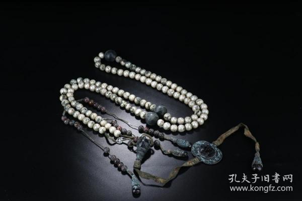 清代 天然珍珠素面朝珠一盘