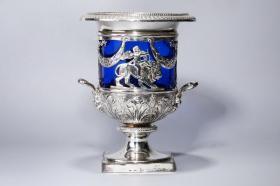 维多利亚时期【英国/伦敦 纯银刻花蓝水晶杯】