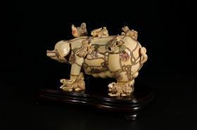 香港回流.老牙雕手工雕刻(十二生肖猪主)摆件