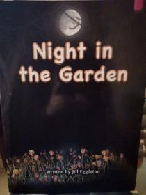 Night   in   the   Garden(共15册合售。)