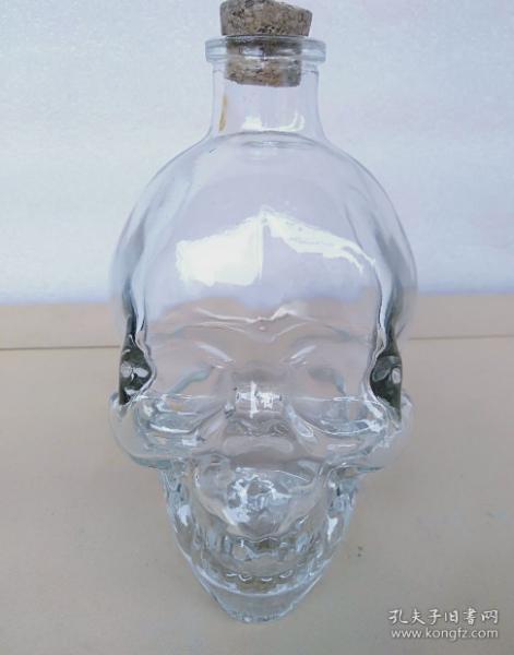 老人头造型酒瓶