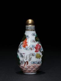 回流: 乾隆年制 瓷胎粉彩仙鹤纹鼻烟壶