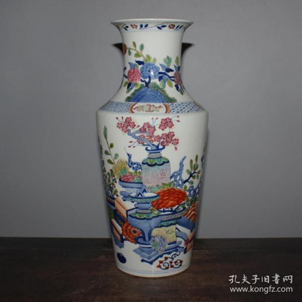 青花斗彩博古花卉赏瓶