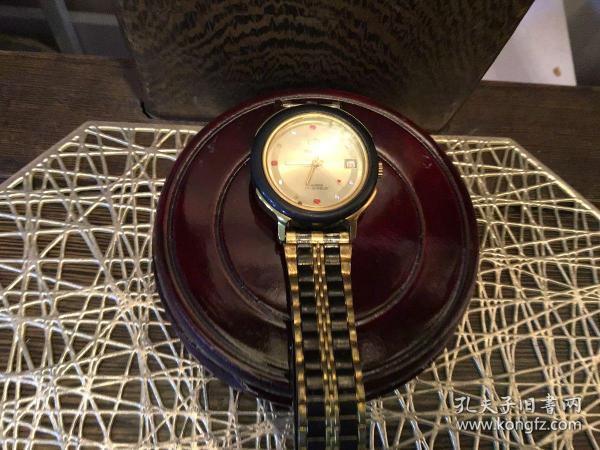 TIANSHI牌手表(掉了两颗小白钻)