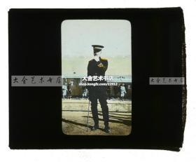清代民国玻璃幻灯片--1911年辛亥革命湖北汉口武昌起义,武昌城火车站月台上的年轻清军军官