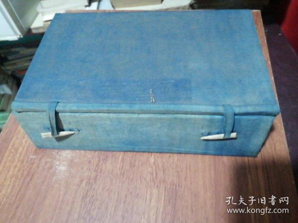 1 set of old letters in threaded books in Qing Dynasty, 29X18X8CM