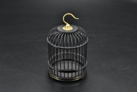 "(B 7643) A piece of ""Ebony Cage"" Pet crawling insects Decoration cages Fine workmanship, regular shapes, gorgeous lines, stable colors, playful and collectible cage size: 9.7 * 9.7 * 16 (CM)"
