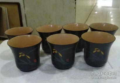 7-80s, 7 hand-painted orchid paint cups