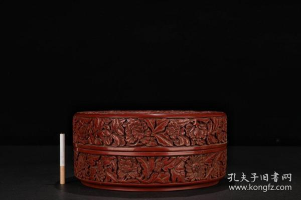 Qing Dynasty: [Old tick red lacquered phoenix peony cover box]