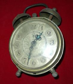 Special small alarm clock a bag old nostalgic beautiful