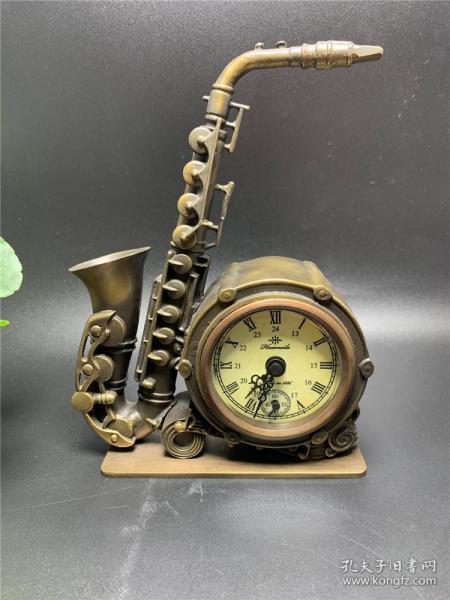 All copper saxophone ornaments