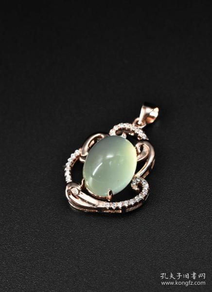 """(V5226) """"Pure natural jade sterling silver jewelry"""" pendant 1 pure natural jade size: 1.3 * 1cm 925 silver total weight: 3.91g."""