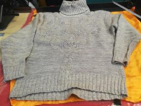 A high-collar lapel sweater with fleece protection and wool with a special pattern, brand new, looks like the picture. Based on the physical objects in the picture!