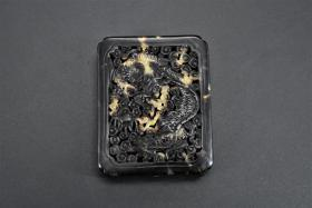 """(B 7218) One """"Flower Carving"""" Top-grade material Size: 5.8 * 4.6 * 1.5cm Weight: 10.85g The front and back of the pendant are carved with dragon and phoenix patterns and holes in the heavens and the earth."""