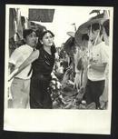 七十--九十年代的电影剧照(黑白照片,规格约15*12厘米)--合同夫妻(4张)