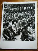 陈永贵邓小平照片  文革原版,其他人自辨