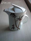 椰树小鹿图案-金色纹-特型大茶壶-唐山二瓷款-造型漂亮