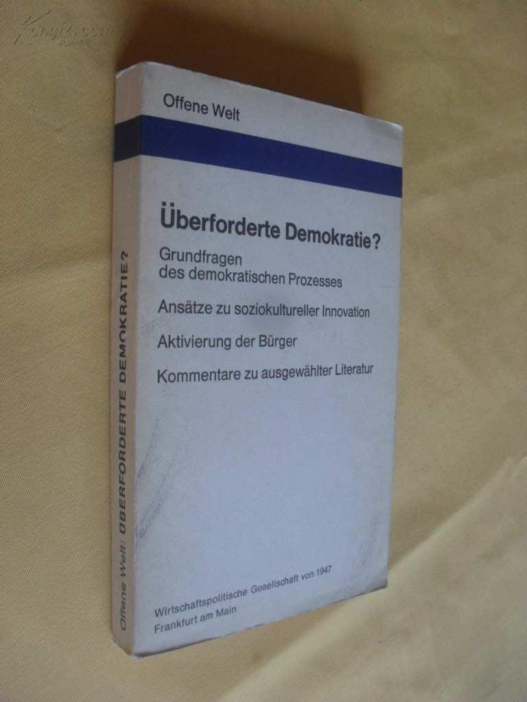 德文原版        大开本  Überforderte Demokratie?