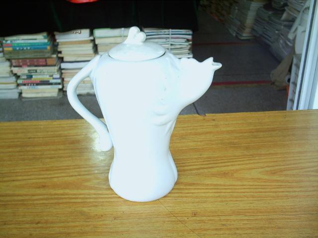 德化白瓷茶壶(造型少见)