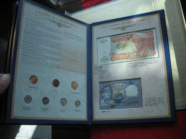世界名人钱币珍藏册【限量发行5000册】内有世界各国钱币。