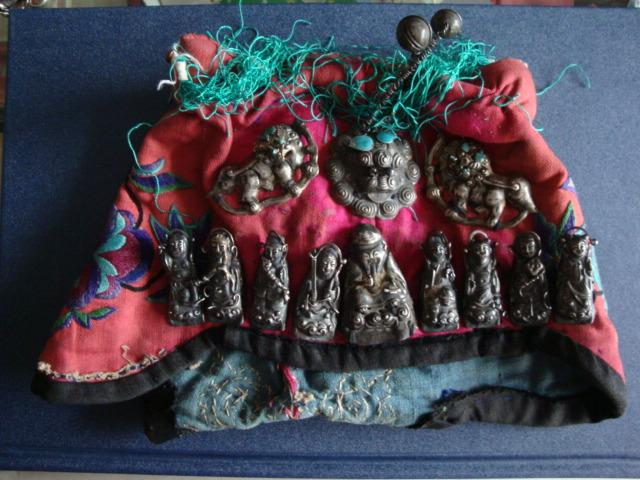 收藏上党文化、展示长治历史----------民国晋东南民间民俗用品---------八仙过海老寿星银饰帽-------虒人永久珍藏