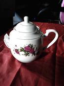 景德镇白瓷茶壶