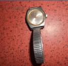 孔雀3313老手表一块