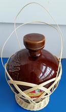 陶瓷米酒罐——有藤篓外套