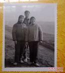 老相片兄弟姐妹三人合影1  8*10厘米