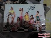 韩国女子组合Dal shabet签名写真集朴美妍(Serri)、 赵雅英、梁正允(智律)、裴佑熙、赵佳恩、朴秀彬