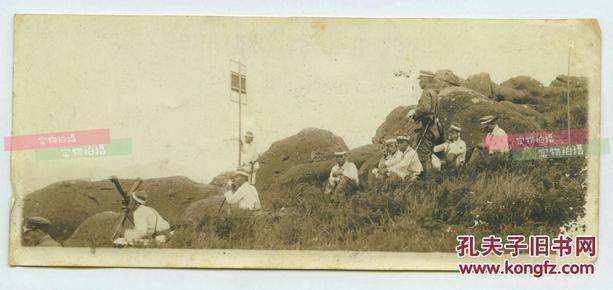 民国日军炮兵阵地观测,测量与电话指挥小分队老照片,14.9X6.4厘米