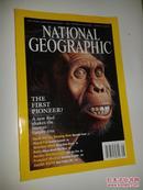 NATIONAL GEOGRAPHIC:APRIL 2002等【美国国家地理2002共7本合售不重复见图、747】、内有1册附地图
