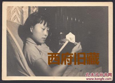 【民国老照片】,可以不倾国倾城,但必须温婉如玉!民国25年,感受老上海知性女子的美!