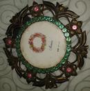 圆形雕花铜相框