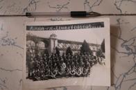 文革老照片  武汉国棉-厂政工党支部欢送军宣队合影留念