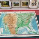 大幅  《中学地理教学挂图  美国》 【1;3800000】1958年一版上海一印