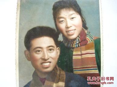 50年代手工上色布纹夫妻合影( 6寸彩色)