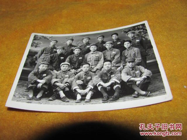 老照片 建国早期的一张解放军合影